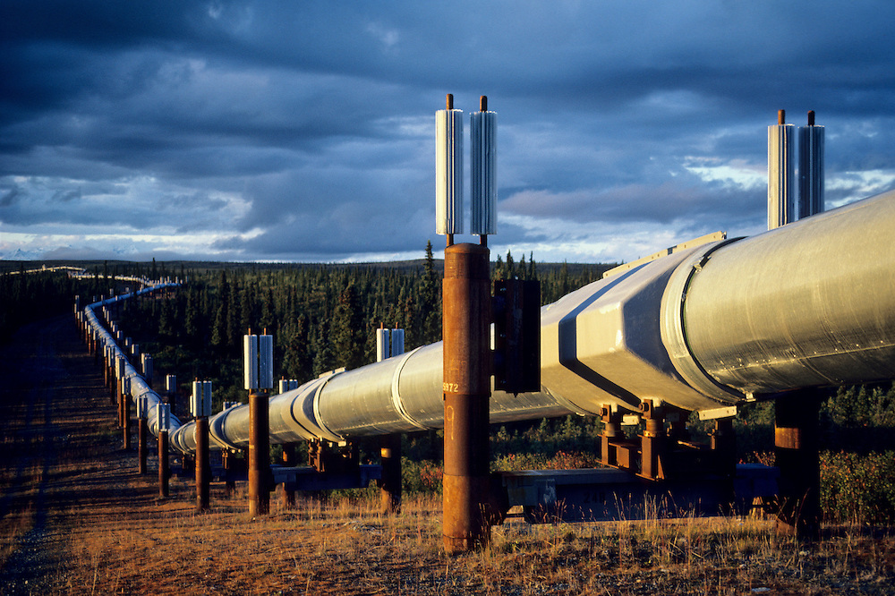 Alaska. Alaska Oil Pipeline near Paxson, Central Alaska.