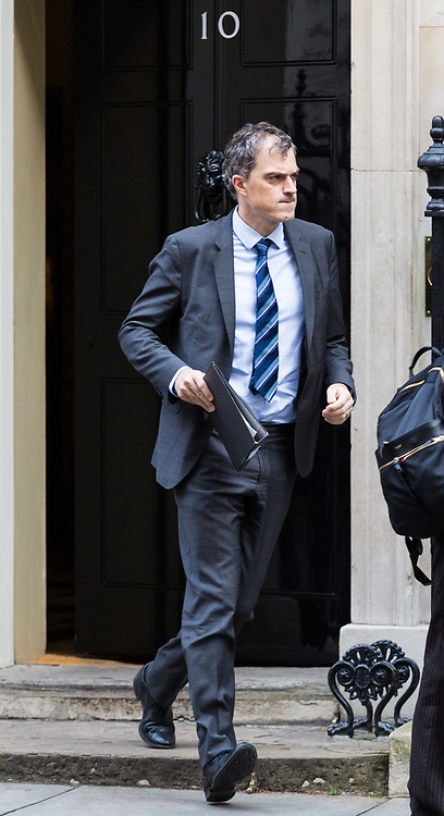 London, November 21 2017. Conservative Chief Whip Julian Smith leaves Downing street as leaders of Northern Ireland's two main political parties the DUP and Sinn Fein meet separately with British Prime Minister Theresa May at Downing Street. © Paul Davey