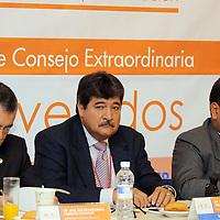 Toluca, Mex.- El Partido Convergencia concluyo los trabajos de su congreso estatal, en el que se establecieron las lìneas de acción para los candidatos a diputados y presidentes municipales que contienden en el actual proceso electoral. Agencia MVT / Crisanta Espinosa. (DIGITAL)