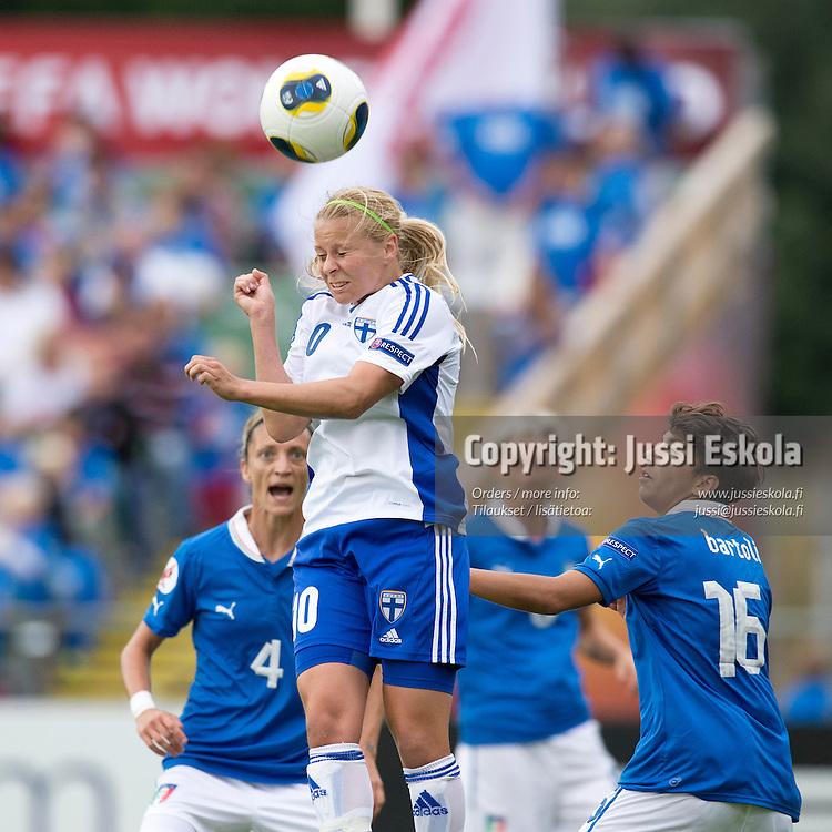 Emmi Alanen.  Italia - Suomi. Naisten EM-turnaus. Halmstad, Ruotsi. 10.7.2013. Photo: Jussi Eskola