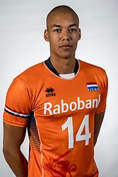 10-05-2017 NED: Selectie Nederlands volleybal team mannen 2017, Arnhem<br /> Op Papendal werd de selectie gepresenteerd / Nimir Abdelaziz #14