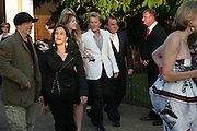 RON ARAD, PENNY LANCASTER AND ROD STEWART, The Summer Party in association with Swarovski. Co-Chairs: Zaha Hadid and Dennis Hopper, Serpentine Gallery. London. 11 July 2007. <br /> -DO NOT ARCHIVE-© Copyright Photograph by Dafydd Jones. 248 Clapham Rd. London SW9 0PZ. Tel 0207 820 0771. www.dafjones.com.