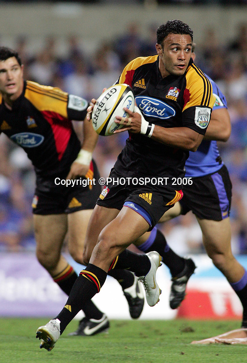 Chiefs wing Soseni Anesi in action during the 2006 Super 14 rugby union match between the Western Force and the Chiefs at Subiaco Oval, Perth, Western Australia, on Friday 24 February, 2006. The Chiefs won the match 26-9. Photo: Christian Sprogoe/PHOTOSPORT<br />