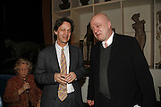 Nick Savage and James Fenton, Book Launch of ' School of Genius' by James Fenton. Life Room of the Royal academy Schools. Royal academy of arts. London W1. 6 April 2006. ONE TIME USE ONLY - DO NOT ARCHIVE  © Copyright Photograph by Dafydd Jones 66 Stockwell Park Rd. London SW9 0DA Tel 020 7733 0108 www.dafjones.com
