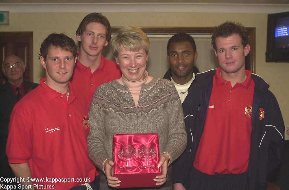 NEIL INMAN, STEVE LENAUGH,ROBERT CODNER, STEVE  KETTERING TOWN, RECIEVES MOM AWARD FROM SPONSER, Kettering Town v Northwich Victoria, Rockingham Road, 11th November 2000