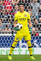 EINDHOVEN - 14-08-2016, PSV - AZ, Philips Stadion, 1-0, AZ keeper Sergio Rochet