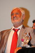 Belmondo reçoit la Légion d'Honneur