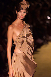Shelley Fox Spring/Summer 2001 London Fashion Week.Model wears brown layered dress, September 27, 2000. Photo by Andrew Parsons / i-Images..