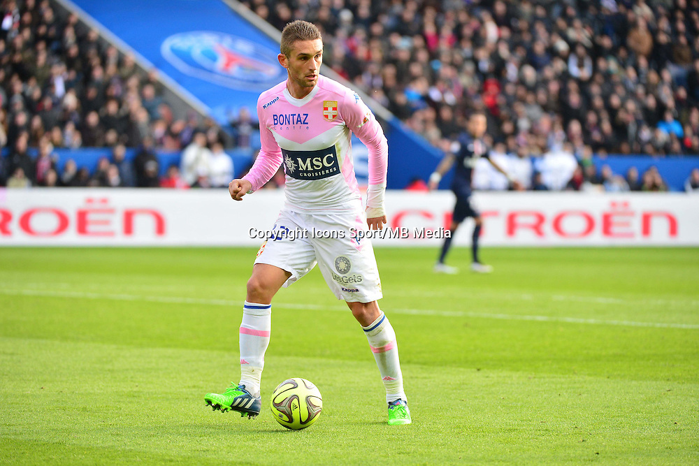 Cedric CAMBON - 18.01.2015 - Paris Saint Germain / Evian Thonon - 21eme journee de Ligue 1<br />Photo : Dave Winter / Icon Sport