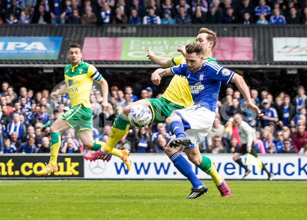 Paul Anderson of Ipswich Town shoots during the Sky Bet Championship Play Off 1st Leg match between Ipswich Town and Norwich City at Portman Road, Ipswich, England on 9 May 2015. Photo by Liam McAvoy.