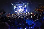 Nederland, Nijmegen, 1-10-2014De nieuwe poptempel van Nijmegen wordt vandaag officieel in gebruik genomen. Burgemeester Hubert Bruls houdt een praatje, en tweede generatie Doornroosje verhuist symbolisch in een fles de geest van de oude locatie naar de nieuwe. Met optredens van o.a. De Staat en Going back to the zoo. Doornroosje begon in 1970 als alternatief jongerencentrum en groeide uit tot een van de meest toonaangevende podia van Nederland voor popmuziek en vernieuwende moderne muziek. Het nieuwe complex is bekostigd doordat erboven door de SSHN studentenflats en studentenkamers gebouwd zijn. Optreden van The Pax.FOTO: FLIP FRANSSEN/ HOLLANDSE HOOGTE