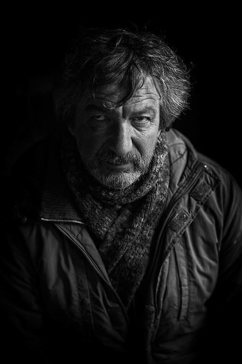 """Bruno Lochet par Sylvain Labeste Portraits d'acteurs et de techniciens sur le tournage de """"Nos Vies Formidables"""" de Fabienne Godet. Lumière naturelle. Janvier 2017."""