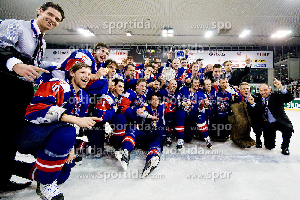 Team Slovenia after winning tournament at IIHF Ice-hockey World Championships Division I Group B match between National teams of Hungary and Slovenia, on April 23, 2010, in Tivoli hall, Ljubljana, Slovenia. (Photo by Matic Klansek Velej / Sportida)