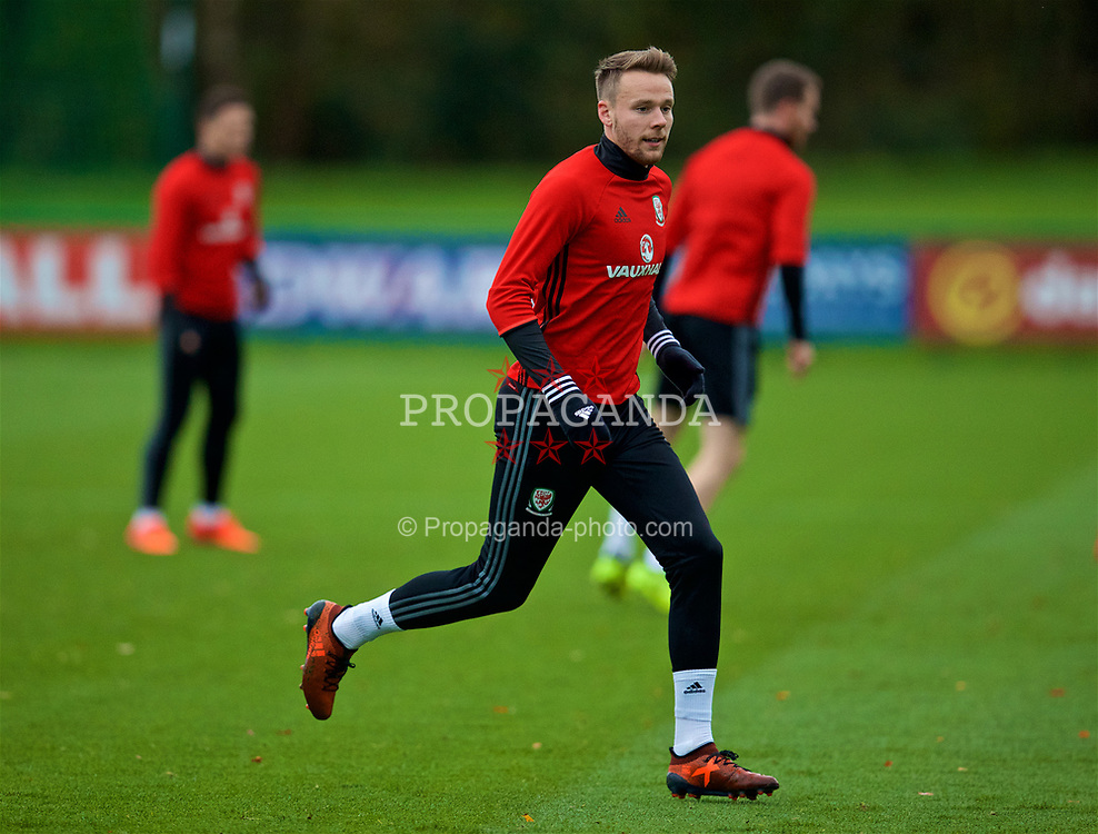 CARDIFF, WALES - Monday, November 6, 2017: Wales' Chris Gunter during a training session at the Vale Resort ahead of the international friendly match against France. (Pic by David Rawcliffe/Propaganda)