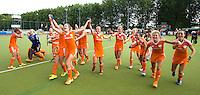 WATERLOO (Belgie) - Vreugde bij Oranje na de EK finale hockey -21 tussen de vrouwen van Nederland en Duitsland (2-0). FOTO KOEN SUYK