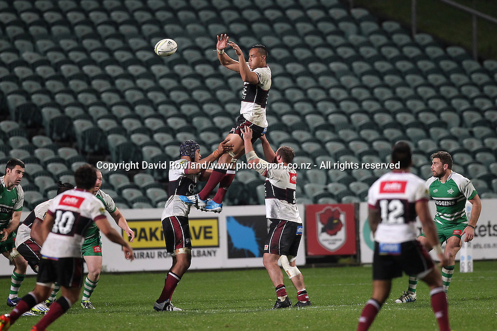 North Harbour`s Irwin Finau  catches the ball in an ITM Cup Rugby Match, North Harbour v Manawatu, QBE Stadium, Auckland, New Zealand, Friday, September 12, 2014. Photo: David Rowland/Photosport