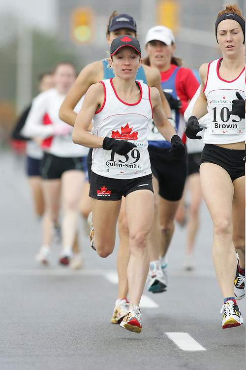 (13/10/2007--Ottawa) TransCanada 10K Canadian Championship run by Athletics Canada. The athlete in action is TARA QUINN-SMITH