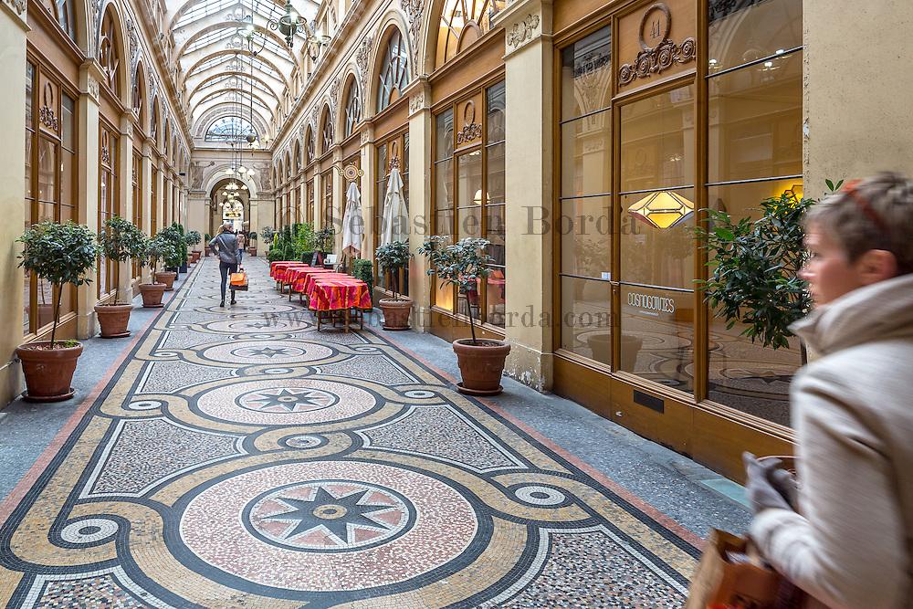 Passage de la Galerie Vivienne // Galerie Vivienne covered walkeway.