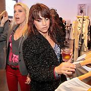 NLD/Amsterdam/20110330 - Launch tshirt lijn B. by Bridget, Judith Osborn en Ellen ten Damme