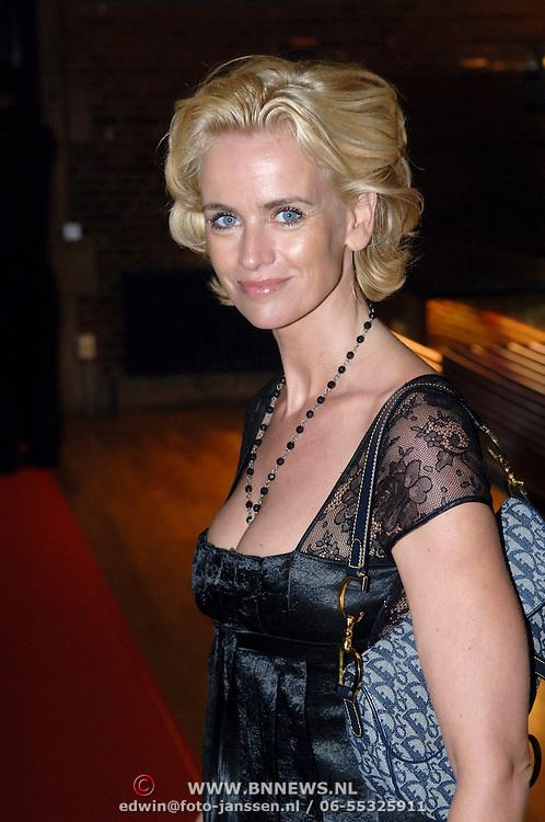 NLD/Amsterdam/20060907 - Finale Elite modellook 2006, Daphne Deckers