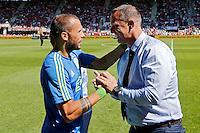 ALKMAAR - 09-08-2015, AZ - Ajax, AFAS Stadion, 0-3, Ajax speler John Heitinga (l), AZ trainer John van den Brom (r).