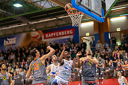 13.04.2019, SPH Walfersam, Kapfenberg, AUT, Admiral BBL, Kapfenberg Bulls vs Raiffeisen Fürstenfeld Panthers, 33. Runde, im Bild v.l.: Mario Spaleta (Raiffeisen Fuerstenfeld Panthers), Xavie Ford (Kapfenberg Bulls), Matija Poscic (Raiffeisen Fuerstenfeld Panthers) // during the Admiral Basketball league, 33th round match between Kapfenberg Bulls and Raiffeisen Fürstenfeld Panthers at the SPH Walfersam in Kapfenberg, Austria on 2019/04/13. EXPA Pictures © 2019, PhotoCredit: EXPA/ Dominik Angerer