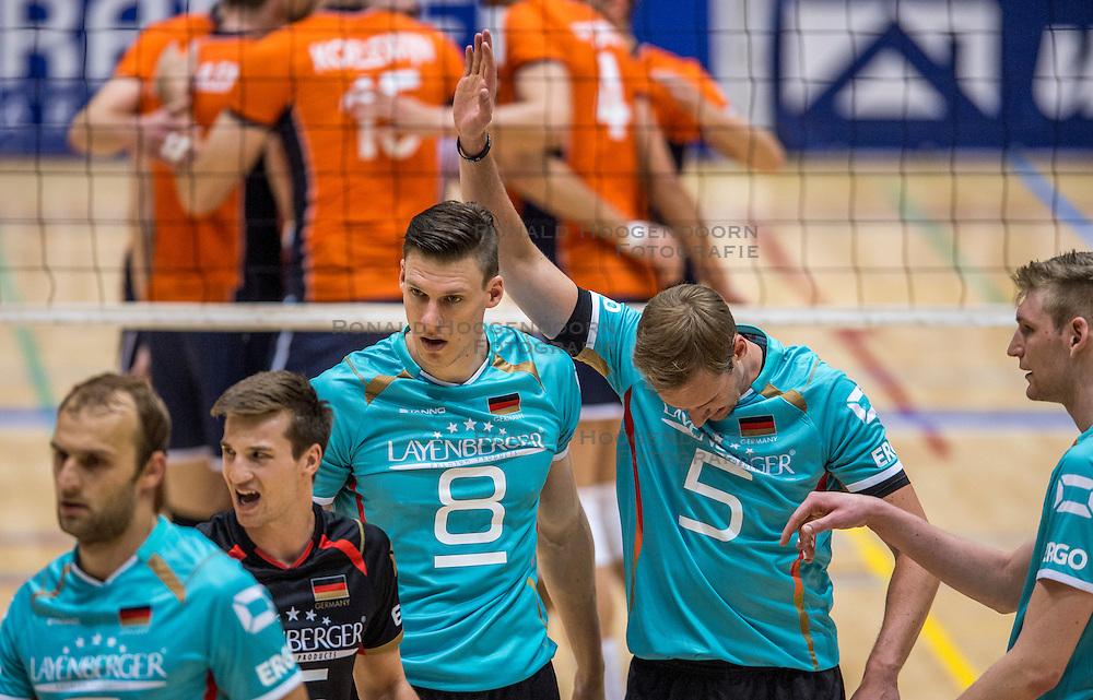 04-06-2016 NED: Nederland - Duitsland, Doetinchem<br /> Nederland speelt de tweede oefenwedstrijd in Doetinchem en verslaat Duitsland opnieuw met 3-1 / Marcus Bohme #8, Sebastian Kühner #5