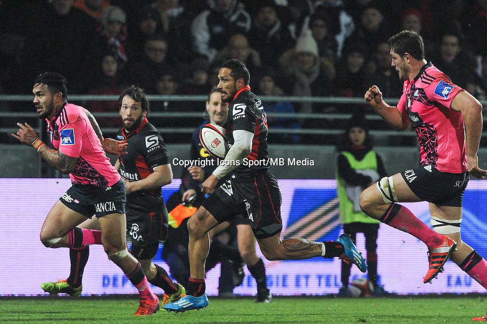Stephen Brett - 02.01.2015 - Lyon OU / Stade Francais - 15eme journee de Top 14 <br />Photo : Jean Paul Thomas / Icon Sport