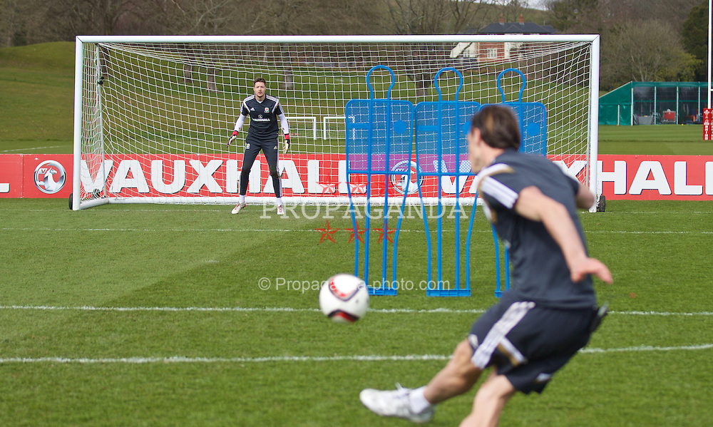 CARDIFF, WALES - Wednesday, March 25, 2015: Wales' goalkeeper Wayne Hennessey and Gareth Bale during a training session at the Vale of Glamorgan ahead of the UEFA Euro 2016 qualifying Group B match against Israel. (Pic by David Rawcliffe/Propaganda)
