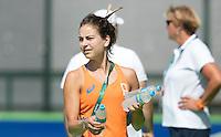 RIO DE JANEIRO (Brazilie) - De dames  van Oranje trainen vanmorgen in het Olympische hockeystadion . Eva de Goede. COPYRIGHT KOEN SUYK