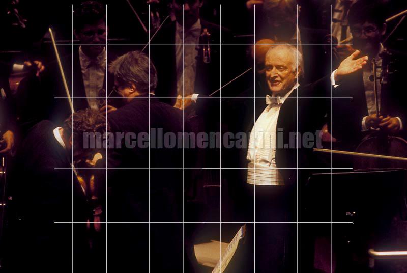 Conductor Carlos Kleiber and the Symphonie Orchester Des Bayerischen Rundfunk, Cagliari, Teatro Lirico, February 1999 / Il direttore d'orchestra Carlos Kleiber con l'orchestra des Bayerischen Rundfunk, Cagliari, Teatro Lirico, February 1999 - © Marcello Mencarini