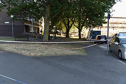© Licensed to London News Pictures. 05/08/2018. LONDON, UK.  A police cordon is set up in Cambridge Gardens, Kingston-Upon-Thames.  A murder investigation has been launched after a man in his 20s was fatally stabbed there in the early hours of Sunday morning.   Investigations are ongoing.  Photo credit: Stephen Chung/LNP
