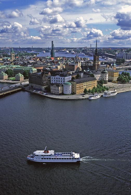 Vista desde lo alto de la torre del Ayuntamiento en Estocolmo (Suecia).