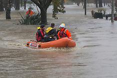 Christchurch-Rescuers prepare for evacuations as Heathcote Rover floods