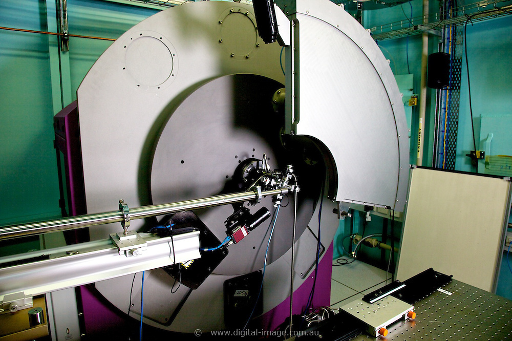 Powder Diffraction Beamline.   Equipment   Australian Synchrotron