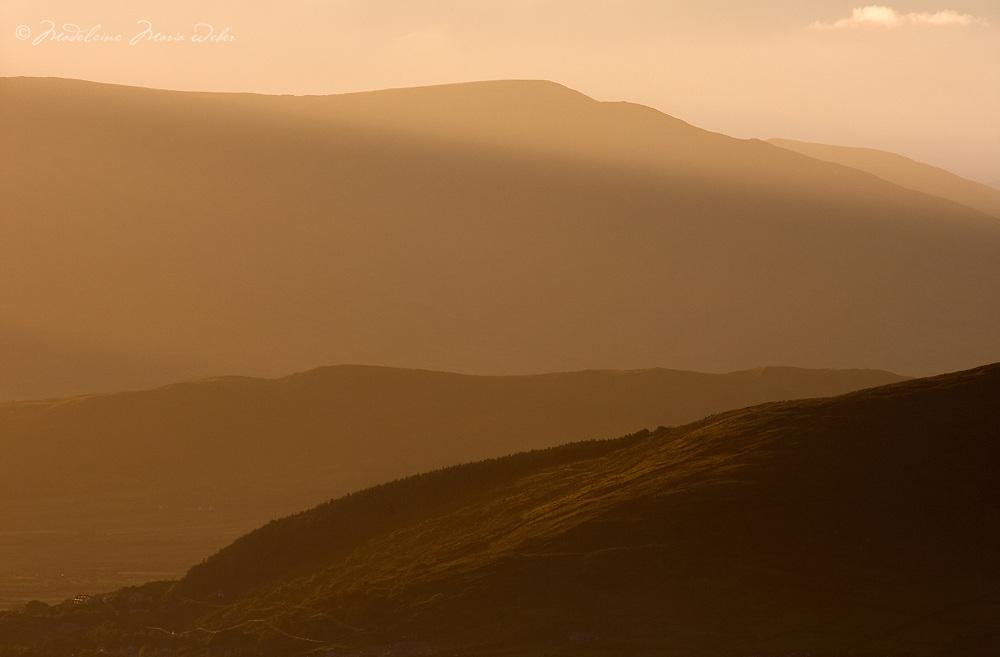 Misty Sunrise Kerry Mountains Ireland / kr039