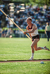 Davis, pole vault, Prefontaine Classic track and field meet, Hayward Field, University of Oregon, Eugene, Oregon, USA