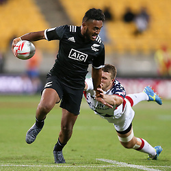 NZ vs. USA at the 2017 HSBC World Sevens Series Wellington day one at Westpac Stadium in Wellington, New Zealand on Saturday, 28 January 2017. Photo: Martin Hunter / lintottphoto.co.nz