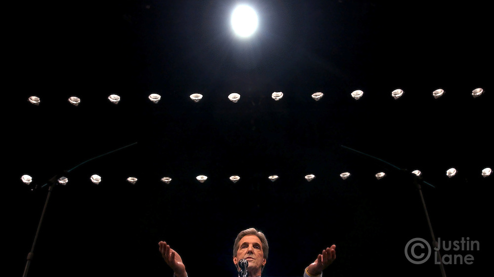 United States Senator and Democratic Candidate for President John Kerry (C) addresses a crowd at the F.M. Kirby Center in Wilkes-Barre, Pennsylvania Tuesday, 19 Oct, 2004. ..EPA/JUSTIN LANE