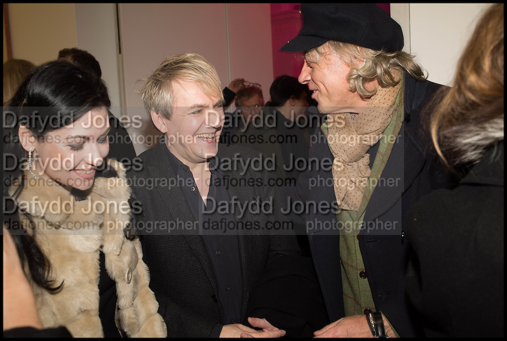 NEFER SUVIO, NICK RHODES AND BOB GELDOF at the Private view for A Strong Sweet Smell of Incense<br /> A Portrait of Robert Fraser, Curated by Brian Clarke. Pace Gallery. 6 Burlington Gardens. London. 5 February 2015.
