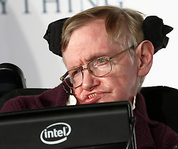 © Licensed to London News Pictures. 09/12/2014, UK. Professor Stephen Hawking, The Theory of Everything - UK film premiere, Leicester Square, London UK, 09 December 2014. Photo credit : Richard Goldschmidt/Piqtured/LNP