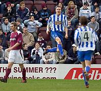 Fotball<br /> Skottland 2004/2005<br /> Foto: SBI/Digitalsport<br /> NORWAY ONLY<br /> <br /> Hearts v Kilmarnock, Scottish Cup fourth round, Tynecastle Park, Edinburgh. 05/02/2005<br /> <br /> Colin Nish celebrates the equaliser for Killie