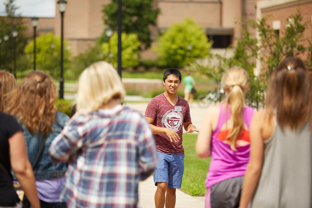 Activity; Talking; Walking; Location; Outside; People; Vanguards; Summer; July; Time/Weather; day; sunny; Type of Photography; Candid; UWL UW-L UW-La Crosse University of Wisconsin-La Crosse; Vanguard Campus Tour