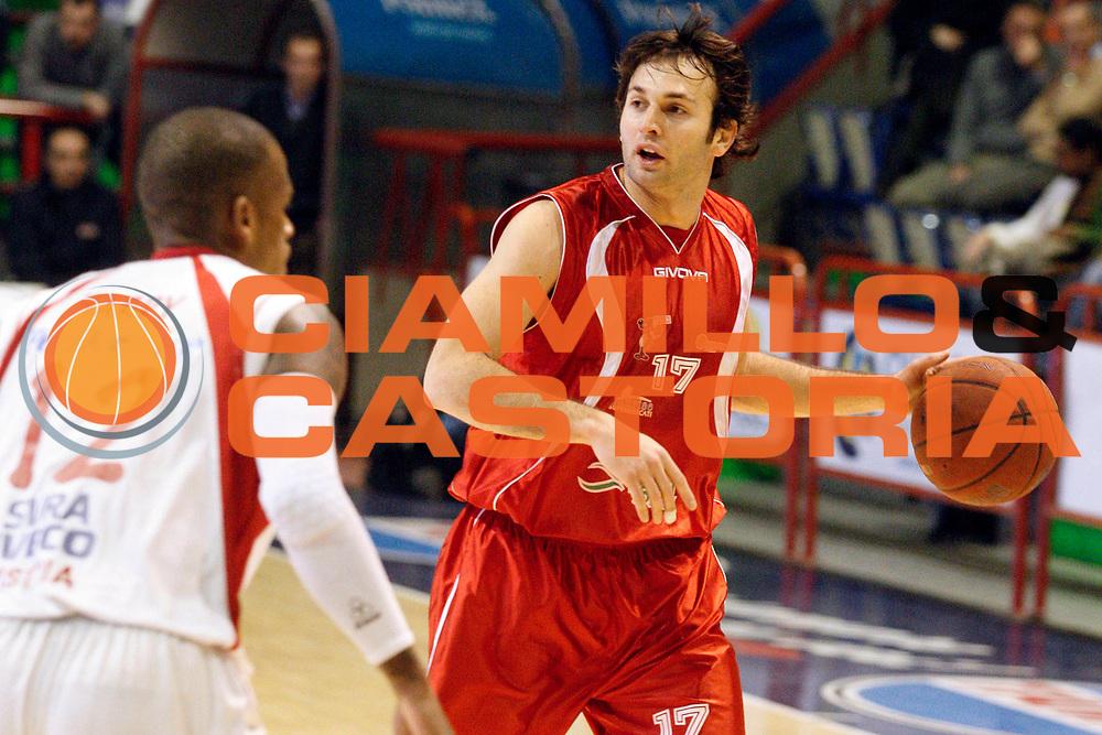 DESCRIZIONE : Pistoia Lega A2 2011-12 Giorgio Tesi Group Pistoia Ass. Pallacanestro S. Antimo<br /> GIOCATORE : Cantone Carlo <br /> SQUADRA : Ass. Pallacanestro S. Antimo<br /> EVENTO : Campionato Lega A2 2011-2012<br /> GARA : Giorgio Tesi Group Pistoia Ass. Pallacanestro S. Antimo<br /> DATA : 12/02/2012<br /> CATEGORIA : Palleggio<br /> SPORT : Pallacanestro<br /> AUTORE : Agenzia Ciamillo-Castoria/Stefano D'Errico<br /> Galleria : Lega Basket A2 2011-2012 <br /> Fotonotizia : Pistoia Lega A2 2011-2012 Giorgio Tesi Group Pistoia Ass. Pallacanestro S. Antimo<br /> Predefinita :