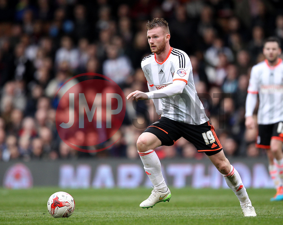 Fulham's Ryan Tunnicliffe - Photo mandatory by-line: Robbie Stephenson/JMP - Mobile: 07966 386802 - 03/04/2015 - SPORT - Football - Fulham - Craven Cottage - Fulham v Brentford - Sky Bet Championship