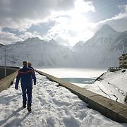 Diga di Morasco, in alta  Val Formazza, centrale idroelettrica dell'ENEL