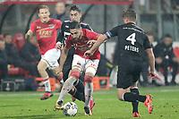 (L-R) Alireza Jahanbakhsh of AZ Alkmaar, Jordens Peters of Willem II