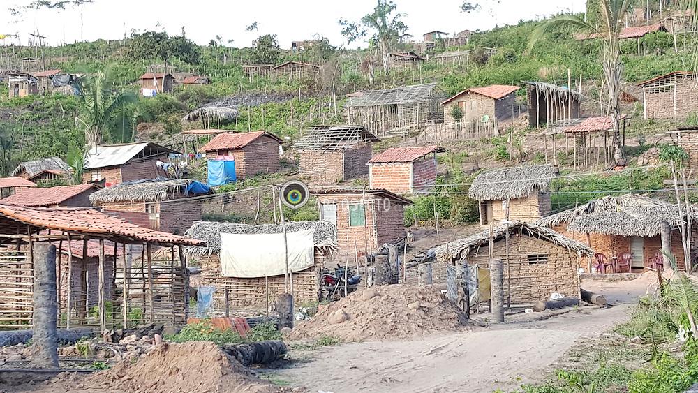 Favela na periferia de Teresina. Slum on the outskirts of Teresina. Foto: Candido Neto/Argosfoto - Teresina - Pi, Brasil - 2015