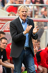 30.04.2010,  Rhein Energie Stadion, Koeln, GER, 1.FBL, FC Koeln vs Bayer 04 Leverkusen, 31. Spieltag, im Bild: Volker Finke (Trainer Koeln)  EXPA Pictures © 2011, PhotoCredit: EXPA/ nph/  Mueller       ****** out of GER / SWE / CRO  / BEL ******