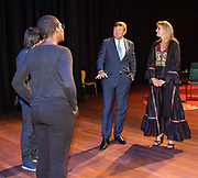 DEN HAAG, 3-6-2020  Koning Willem-Alexander en  Koningin Maxima tijdens de eerste voorstellingsavond na heropening bezocht van Het Nationale Theater in Theater aan het Spui in Den Haag. Theaters in Nederland kunnen vanaf 1 juni hun deuren weer openen voor maximaal dertig bezoekers, na een sluiting van elf weken vanwege de coronapandemie. <br /> <br /> King Willem-Alexander and Queen Maxima visited the National Theater in Theater aan het Spui in The Hague during the first performance evening after the reopening. Theaters in the Netherlands will be able to open their doors again from 1 June for up to thirty visitors, after an eleven week closure due to the corona pandemic.
